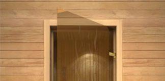 установка стеклянной двери в парную