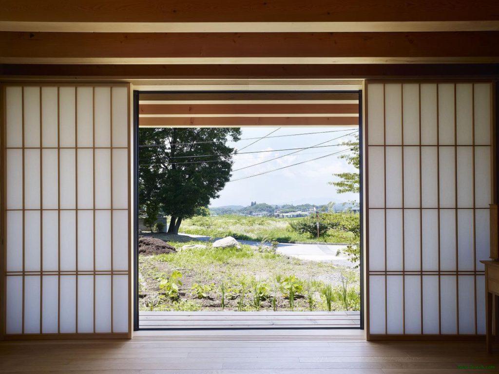 Дверь в японском стиле