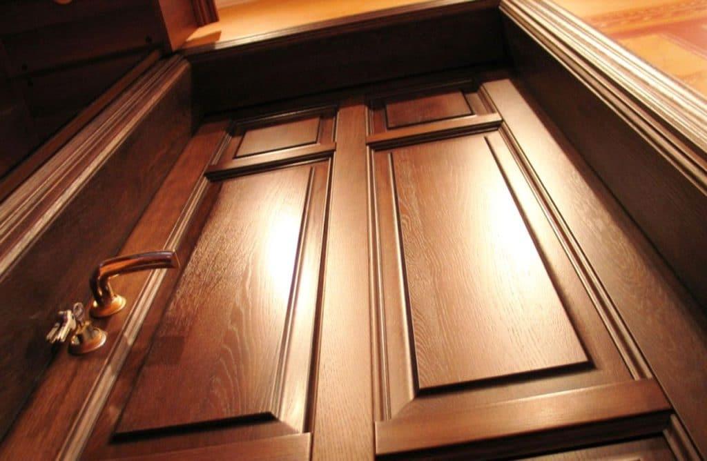 Подбор деревянных дверей