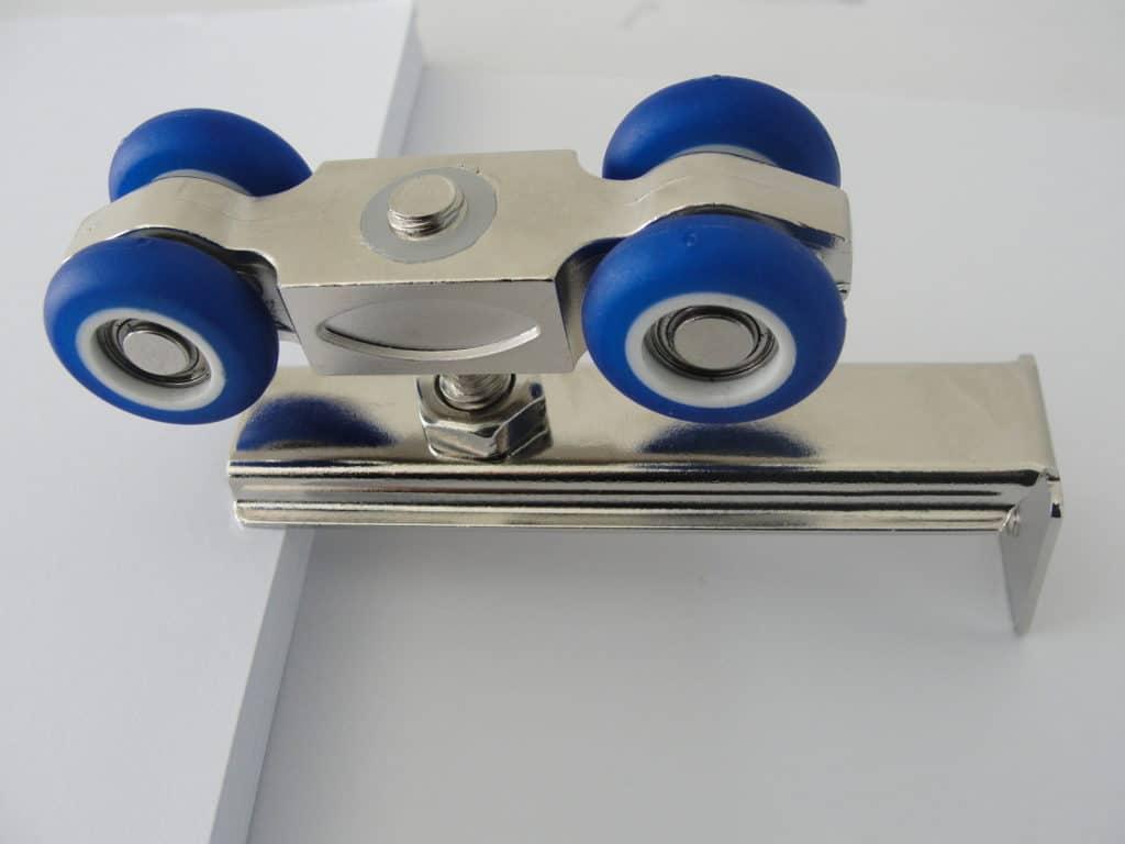 Роликовый механизм для раздвижных дверей